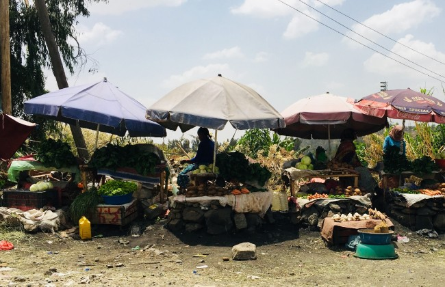 Traders in Gofa Mebrat